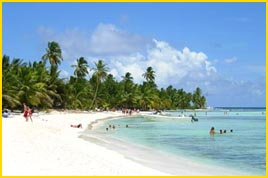 Viajes a Punta Cana - Admire sus cristalinas aguas, arena blanca, dese un relajante bao o practique algn deporte, puntacana le ofrece actividades para todos los gustos.