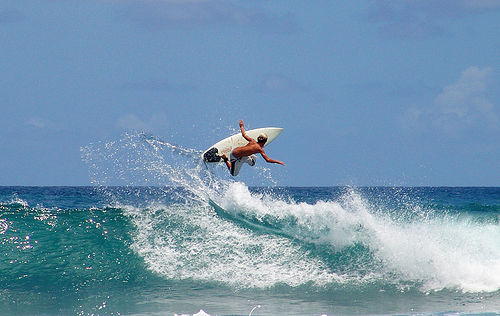 Principiantes o avanzados todos disfrutan del Surf en Punta Cana.