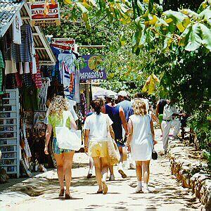 Turismo en Sosúa disfruta de unas agradables caminatas.