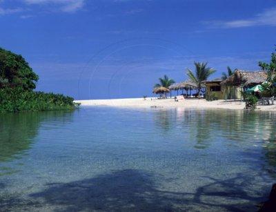 Barahona cuenta con hermosas playas.